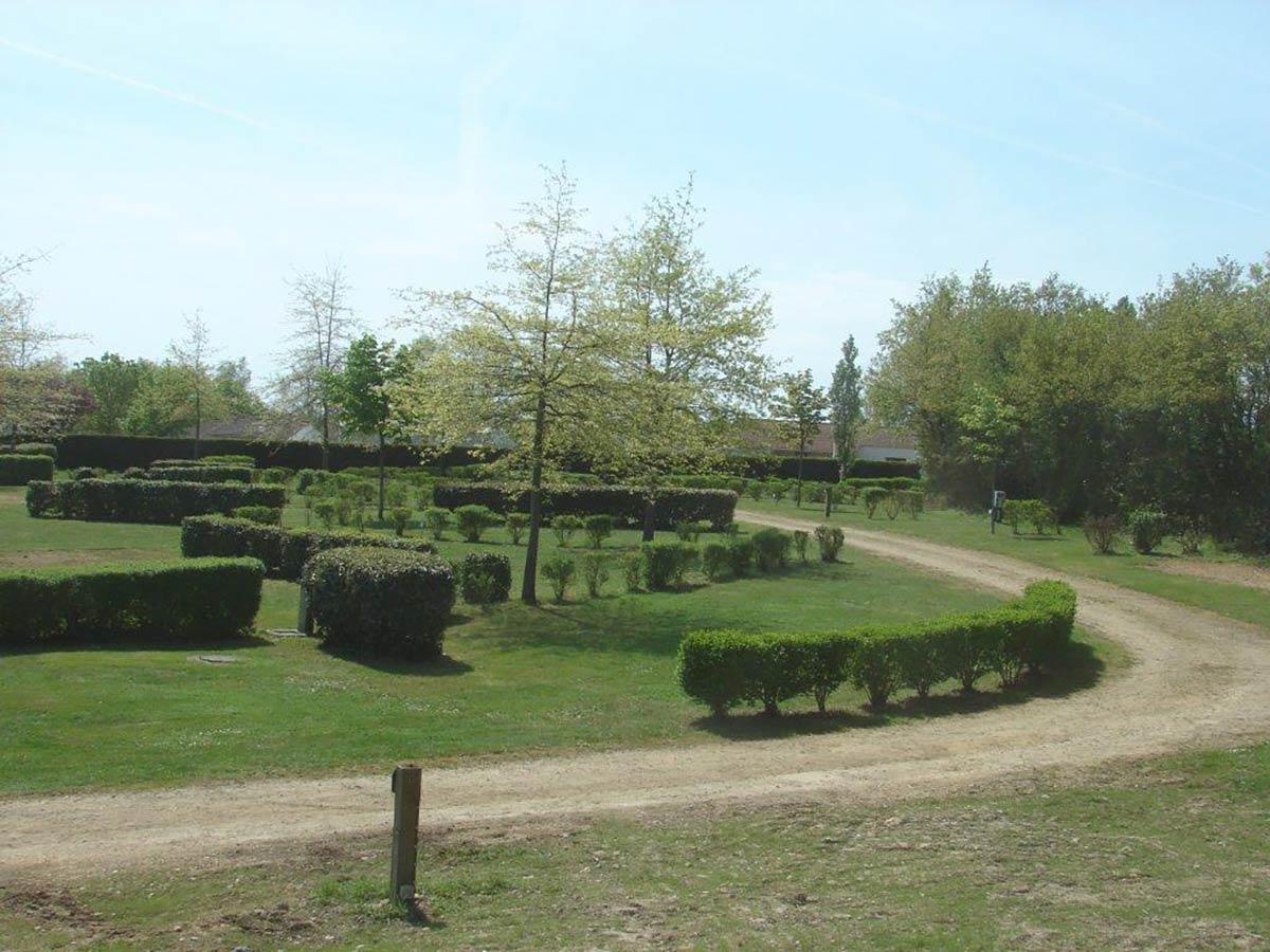 les emplacements nus du camping Val de Vie en Vendée