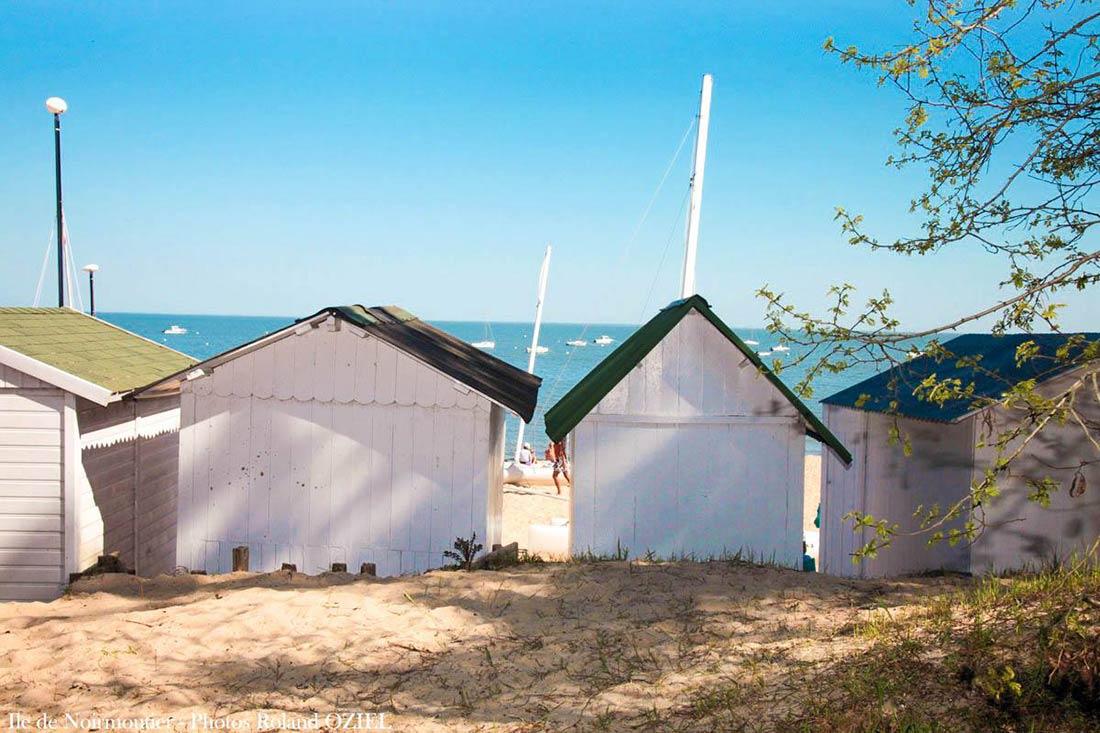 ile-noirmoutier-bois-de-la-chaize-cabanes-de-plage